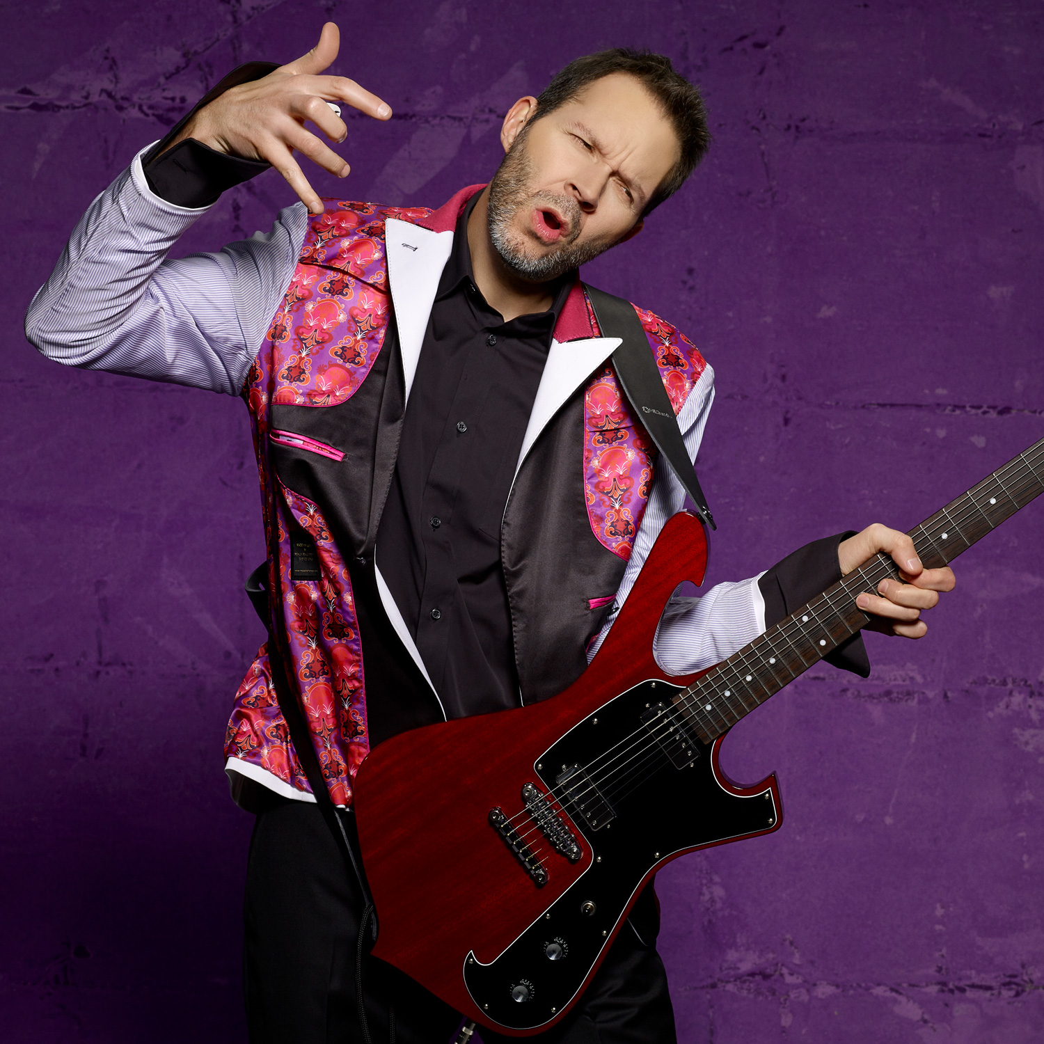 Paul Gilbert photo by Larry DiMarzio