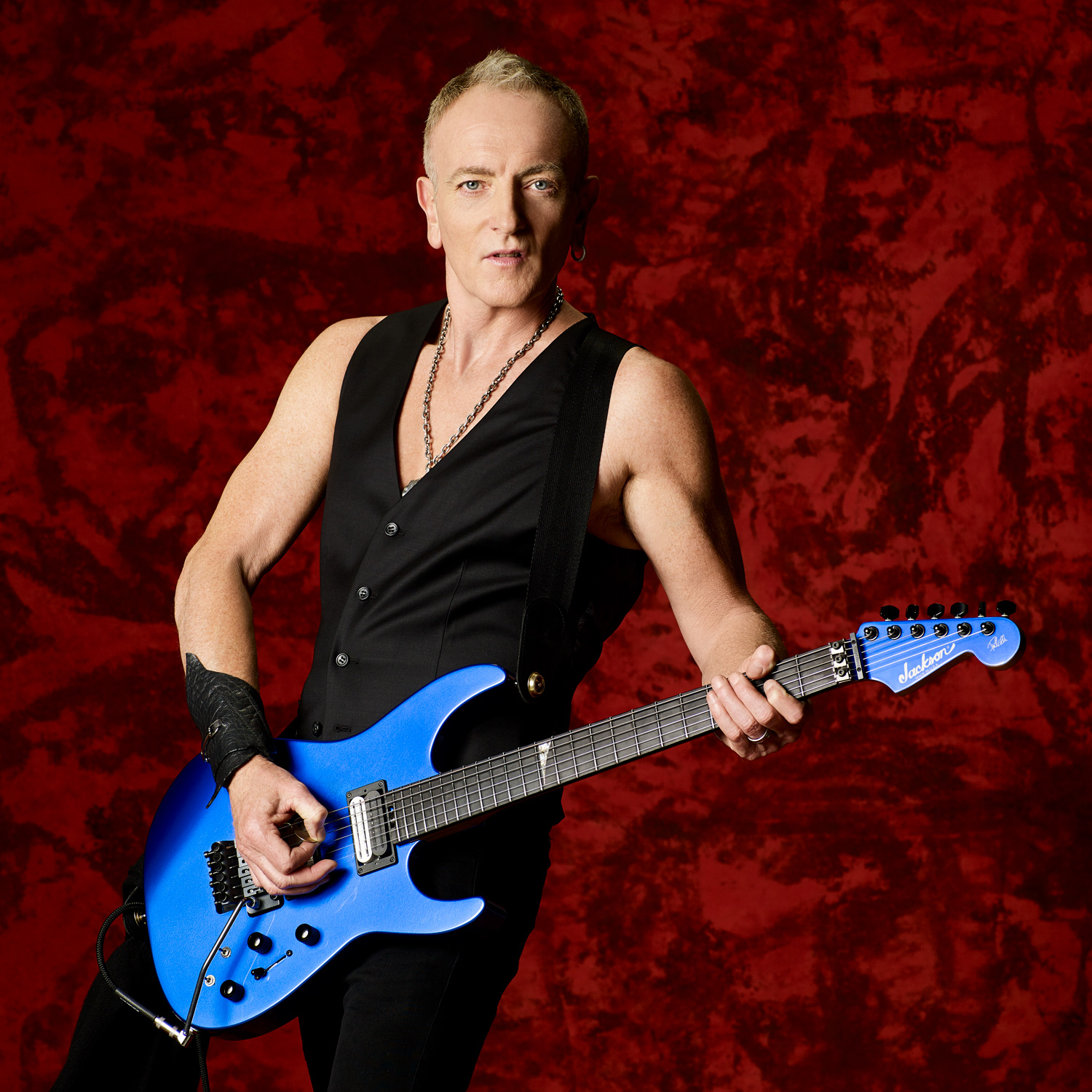 Phil Collen photo by Larry DiMarzio