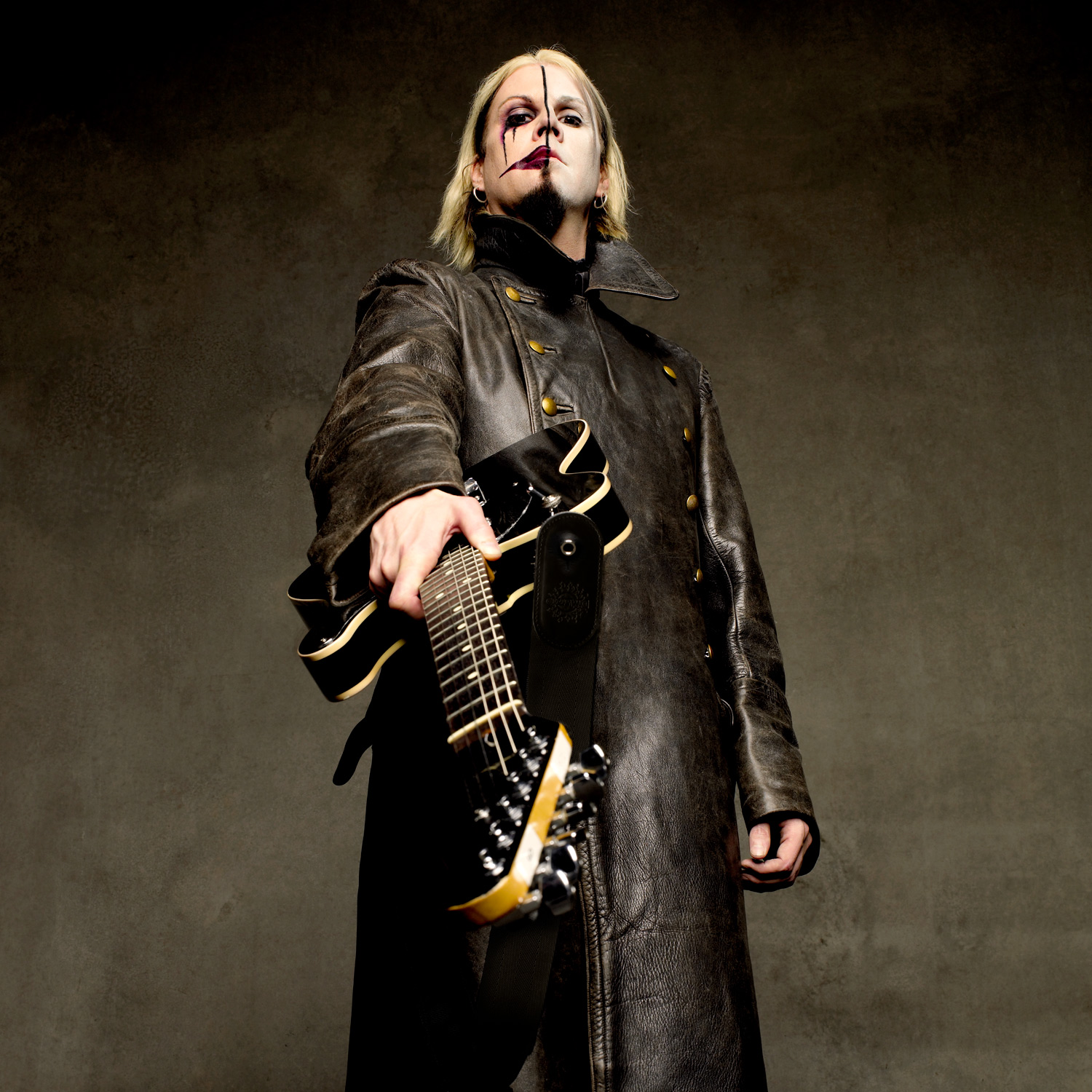 John 5 photo by Larry DiMarzio