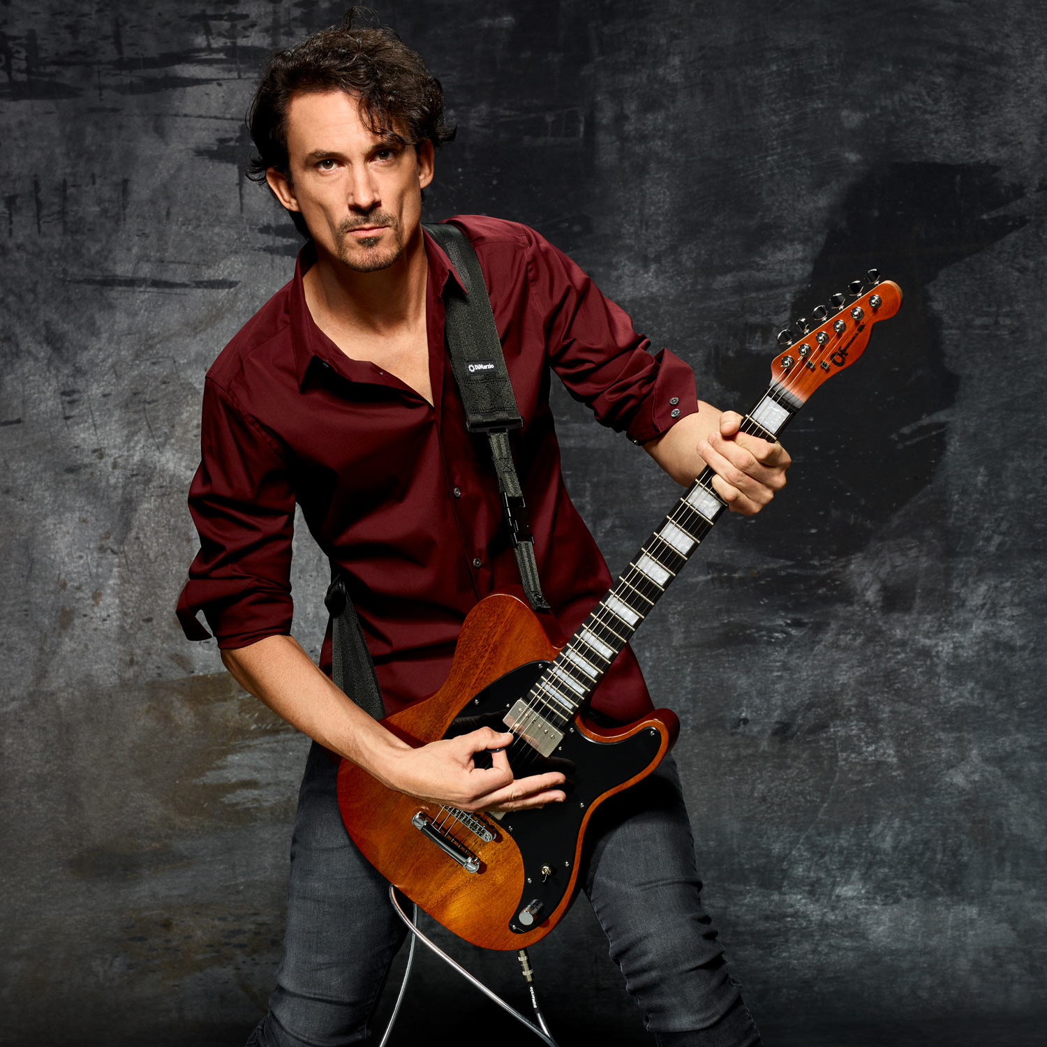 Joe Duplantier plays DiMarzio
